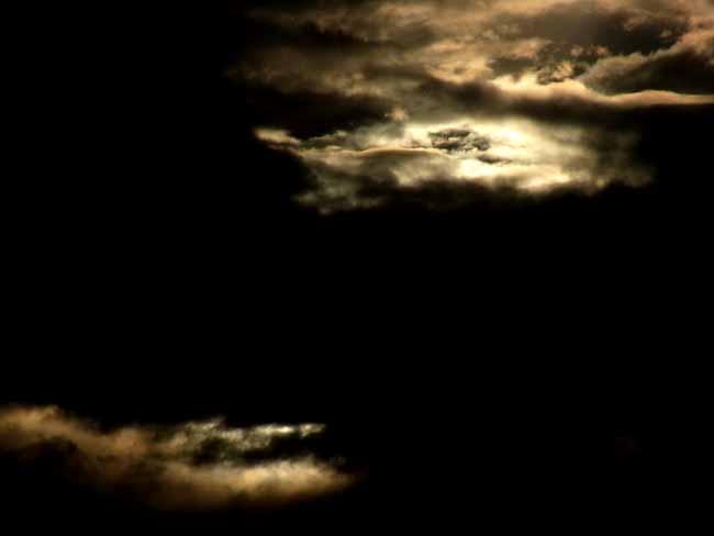 暗雲02.jpg